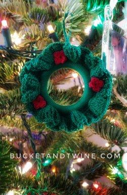 wreath ornament crochet